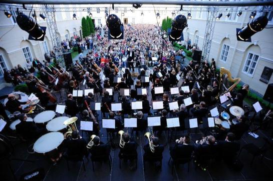 Lietuvos valstybinio simfoninio orkestro vasaros festivalis atidaromas džiazo ritmu