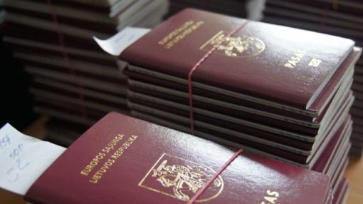 Konstitucinis Teismas pradeda bylą dėl dvigubos pilietybės