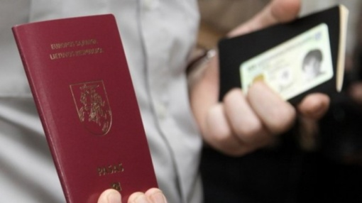 Dvigubos pilietybės išplėtimas galimas tik referendumu pakeitus Konstituciją