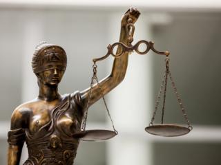 Kauno teismui perduodama agresyviai su pareigūnais besielgusio kauniečio byla