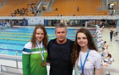 Plaukimo varžybose alytiškes lydėjo sėkmė