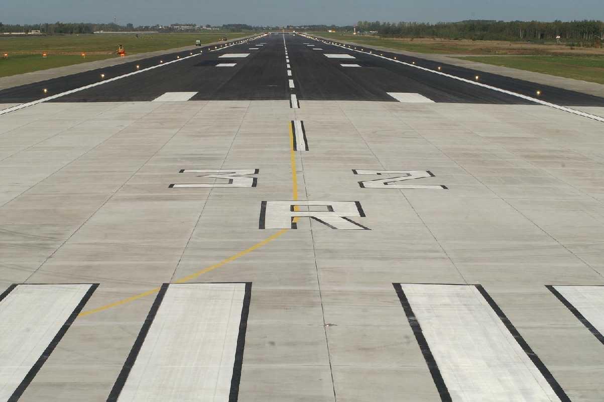 Šv. Velykų išvakarėse Vilniaus oro uostas aptarnavo milijoninį keleivį