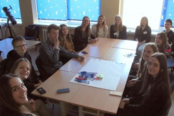 Su ilgesniais mokslo metais Lietuvos moksleiviai tikisi ir didelių kokybinių pokyčių
