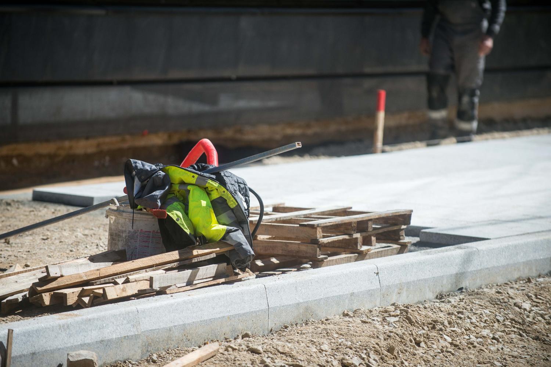 Statistika šokiruoja: darbe kasmet žūsta iki 200 žmonių, darbuotojai kenčia nuo streso
