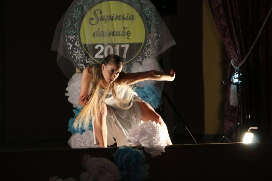 Kauno rajone nuvilnijo respublikinis lietuvių liaudies dainos festivalis