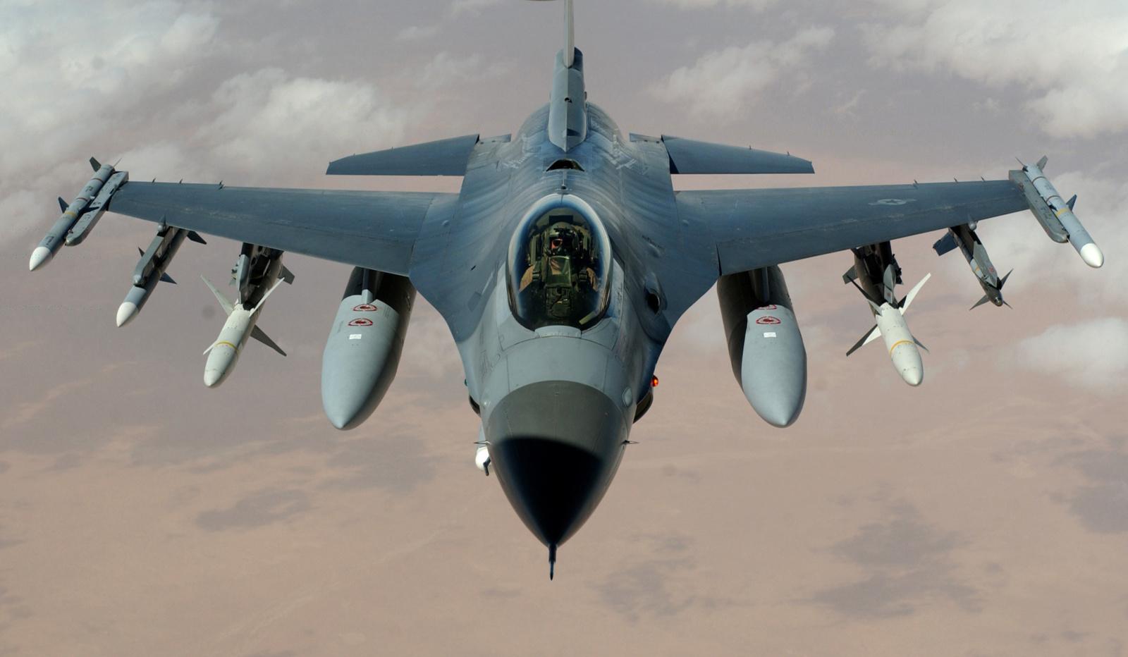 NATO oro policijos misijoje Baltijos šalyse olandus keičia lenkai