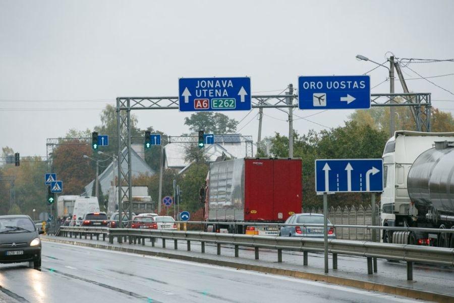 Pagrindinė Karmėlavos gatvė bus atnaujinta anksčiau, nei planuota
