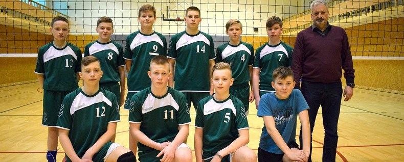 Lietuvos vaikų tinklinio čempionato finalinėse varžybose – bronzos medaliai