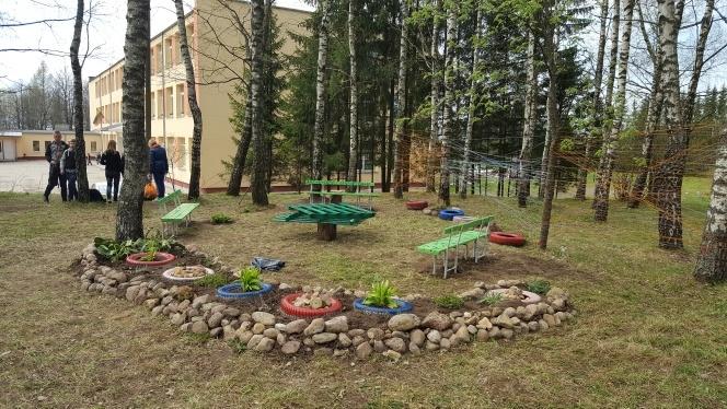 """Turgelių Povilo Ksavero Bžostovskio gimnazijoje įgyvendinamas projektas """"Klasės lauke"""""""