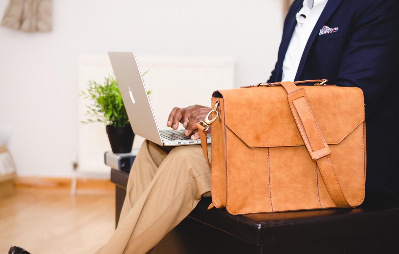 Prasidėjo sezoninių darbų paieškos įkarštis: kokį darbą galima susirasti?