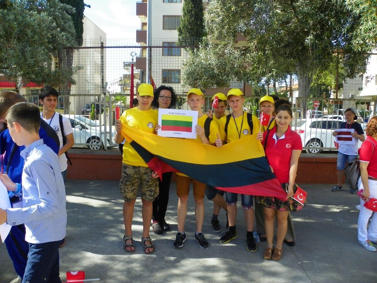 """Plungės """"Saulės"""" gimnazijos moksleiviai viešėjo Turkijoje"""