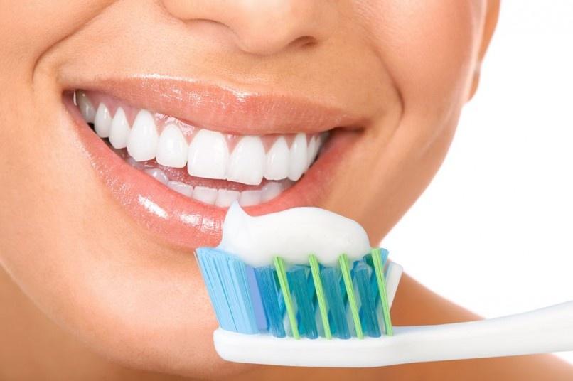 Dantų balinimo paslaugoms – saugos ir sveikatos reikalavimai