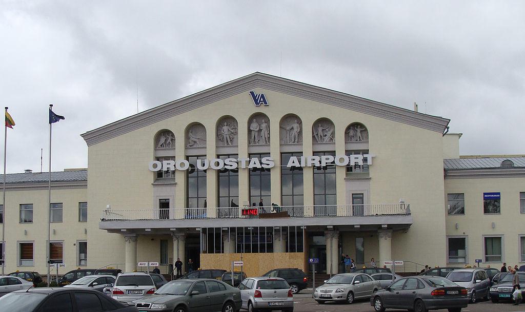 """Pirmasis """"bevizės erdvės"""" lėktuvas iš Ukrainos nusileis Vilniaus oro uoste"""