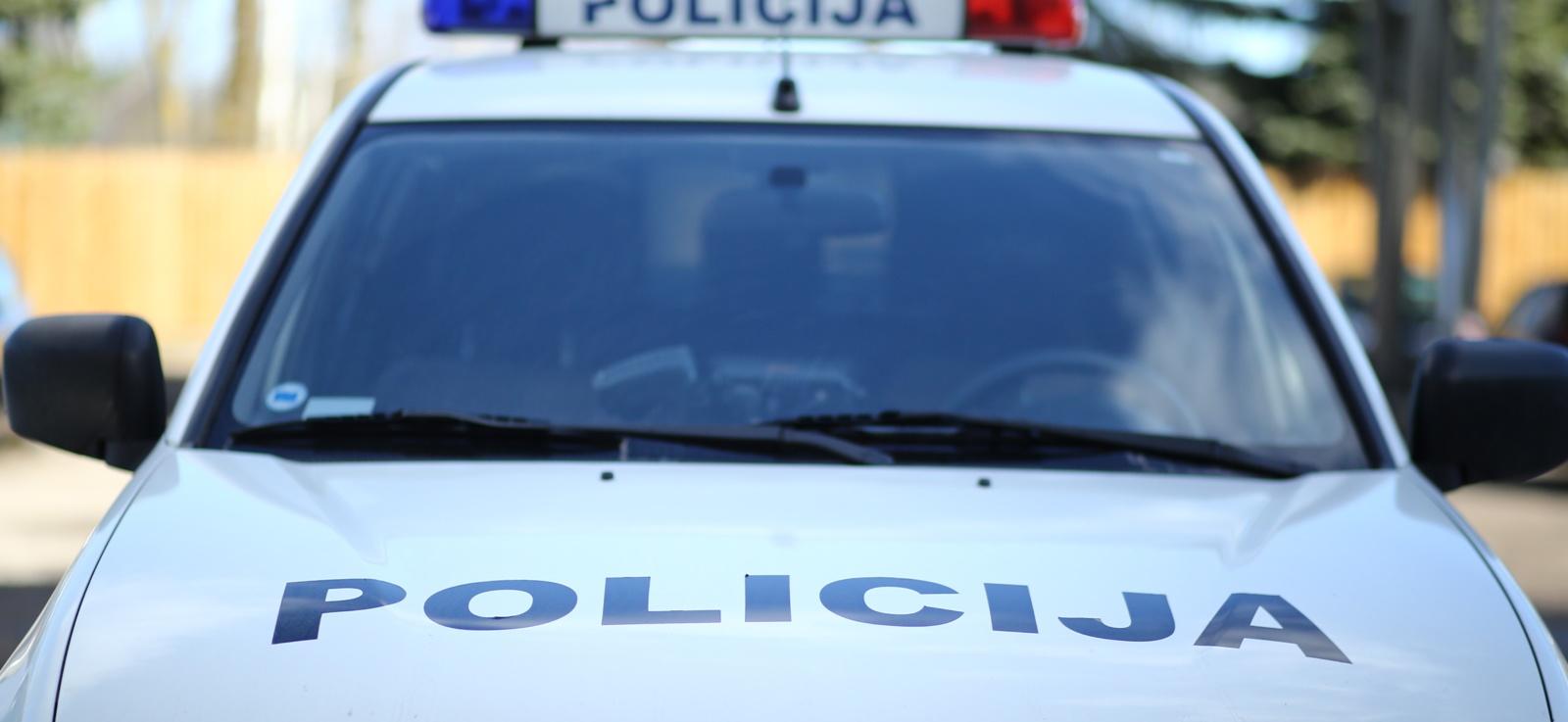 Šilutės rajone per avariją nukentėjo policijos pareigūnė