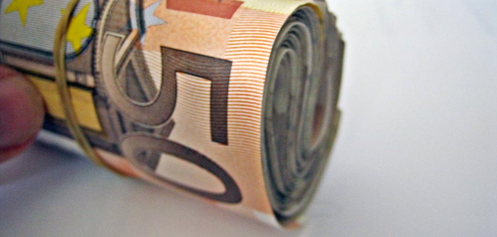 """Už konkurencinės teisės pažeidimus bendrovei """"G4S"""" teks sumokėti 2,7 mln. eurų baudą"""