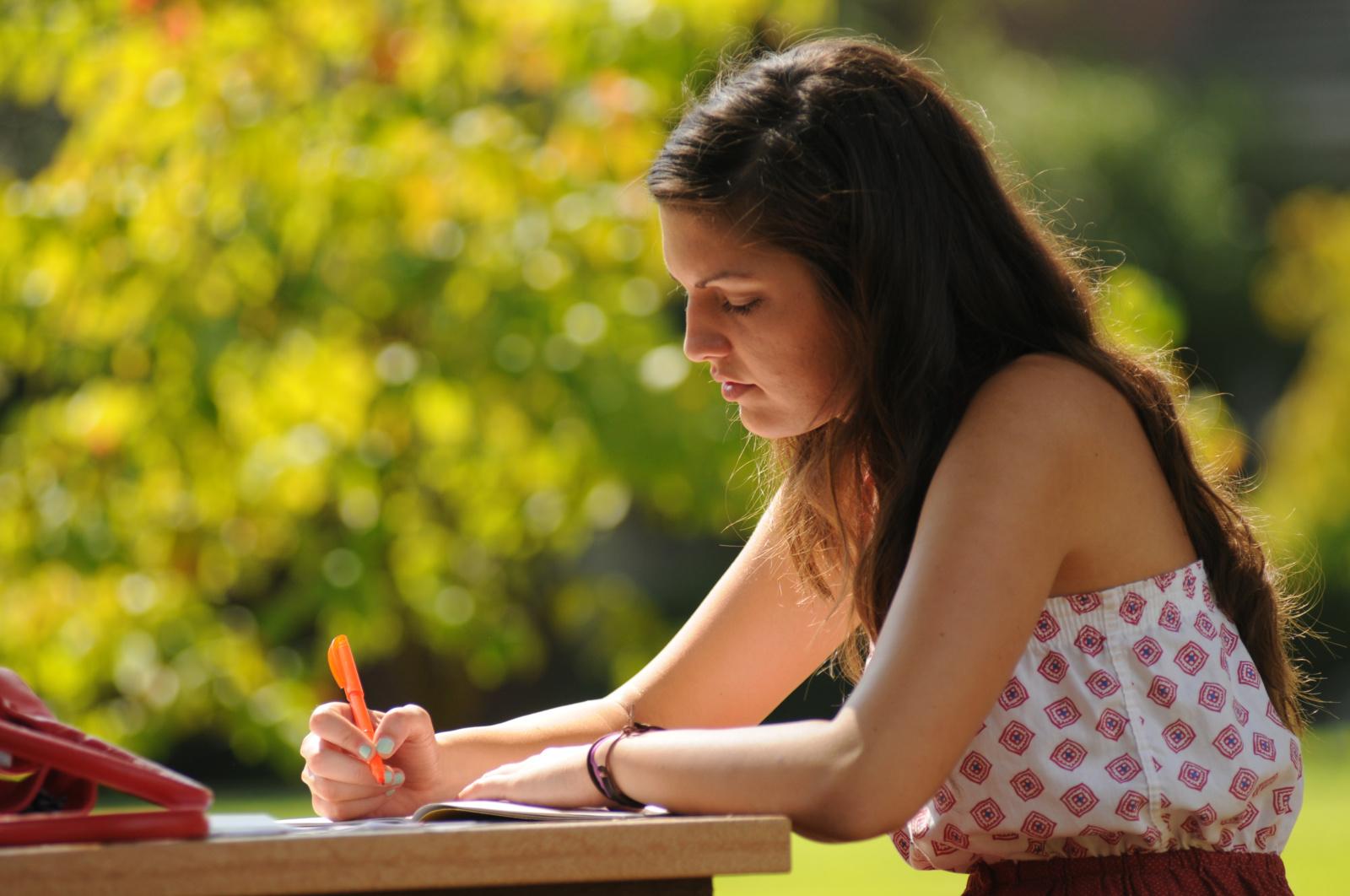 Pagalba abiturientui: kaip išsirinkti studijas vykstant aukštojo mokslo reformai?