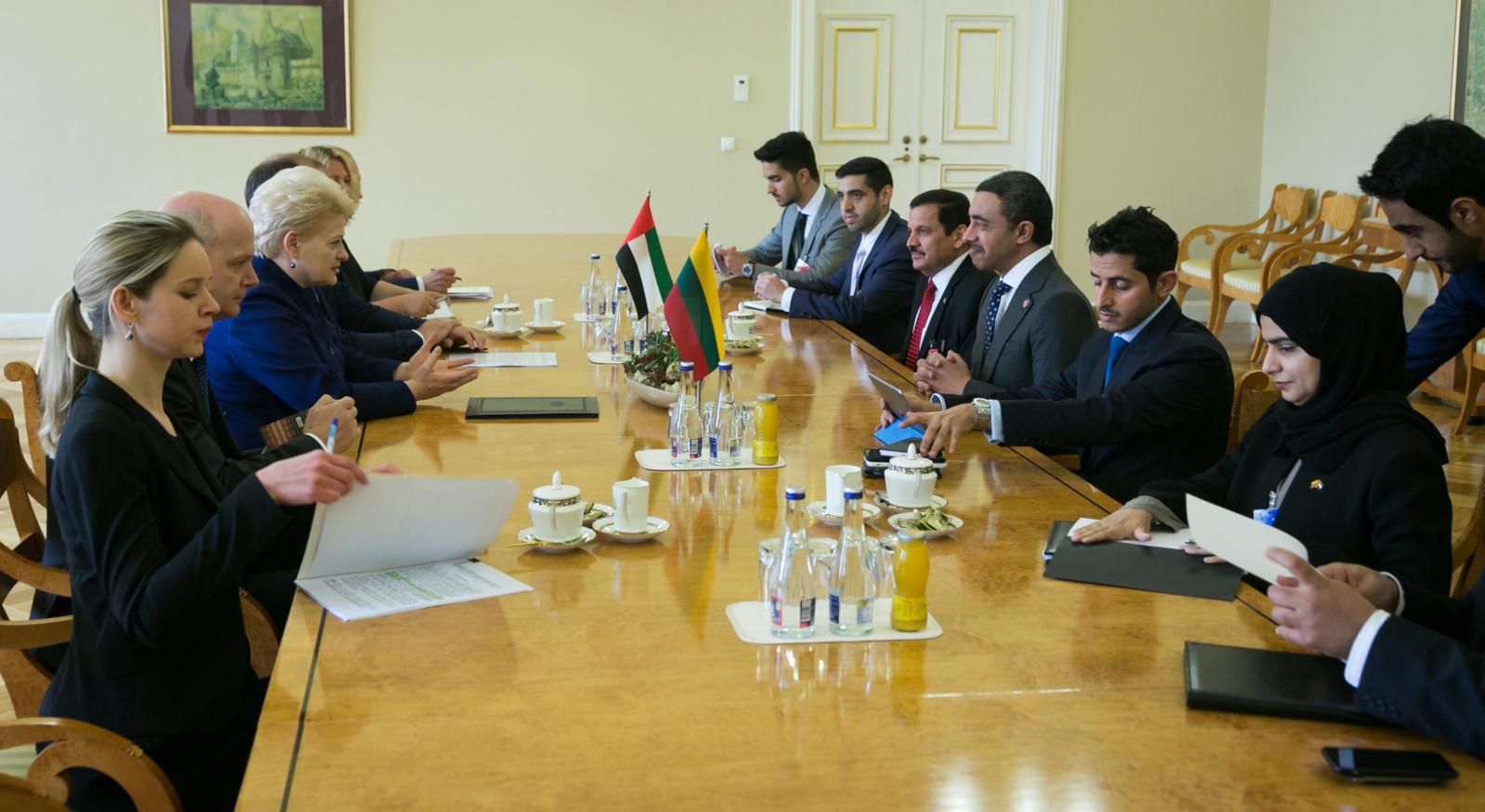 D. Grybauskaitė: stiprėjantys ryšiai su JAE - nauda Lietuvos verslui ir žmonėms