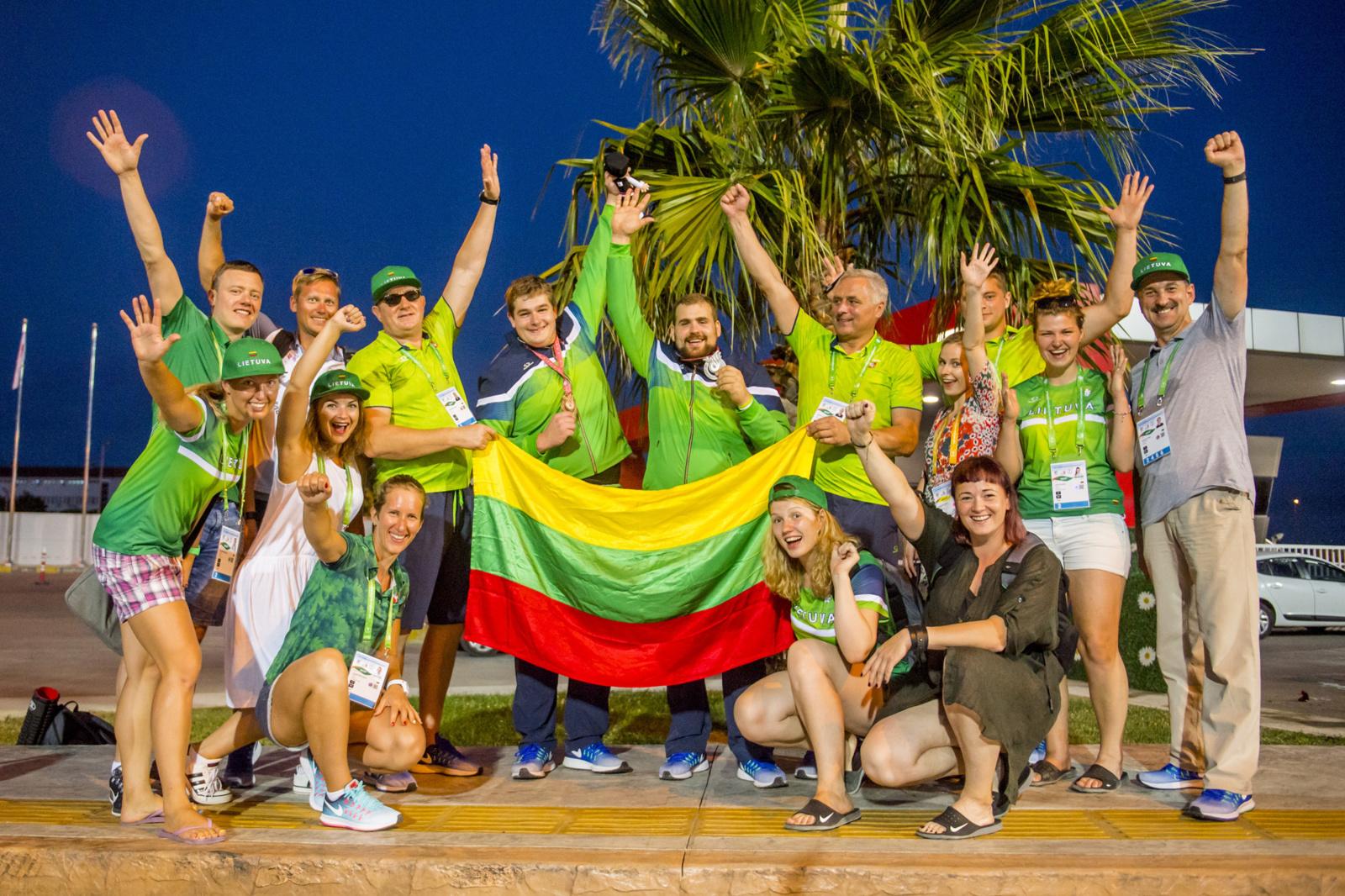 Prezidentė pasveikino medalius Kurčiųjų olimpiadoje iškovojusius šalies sportininkus