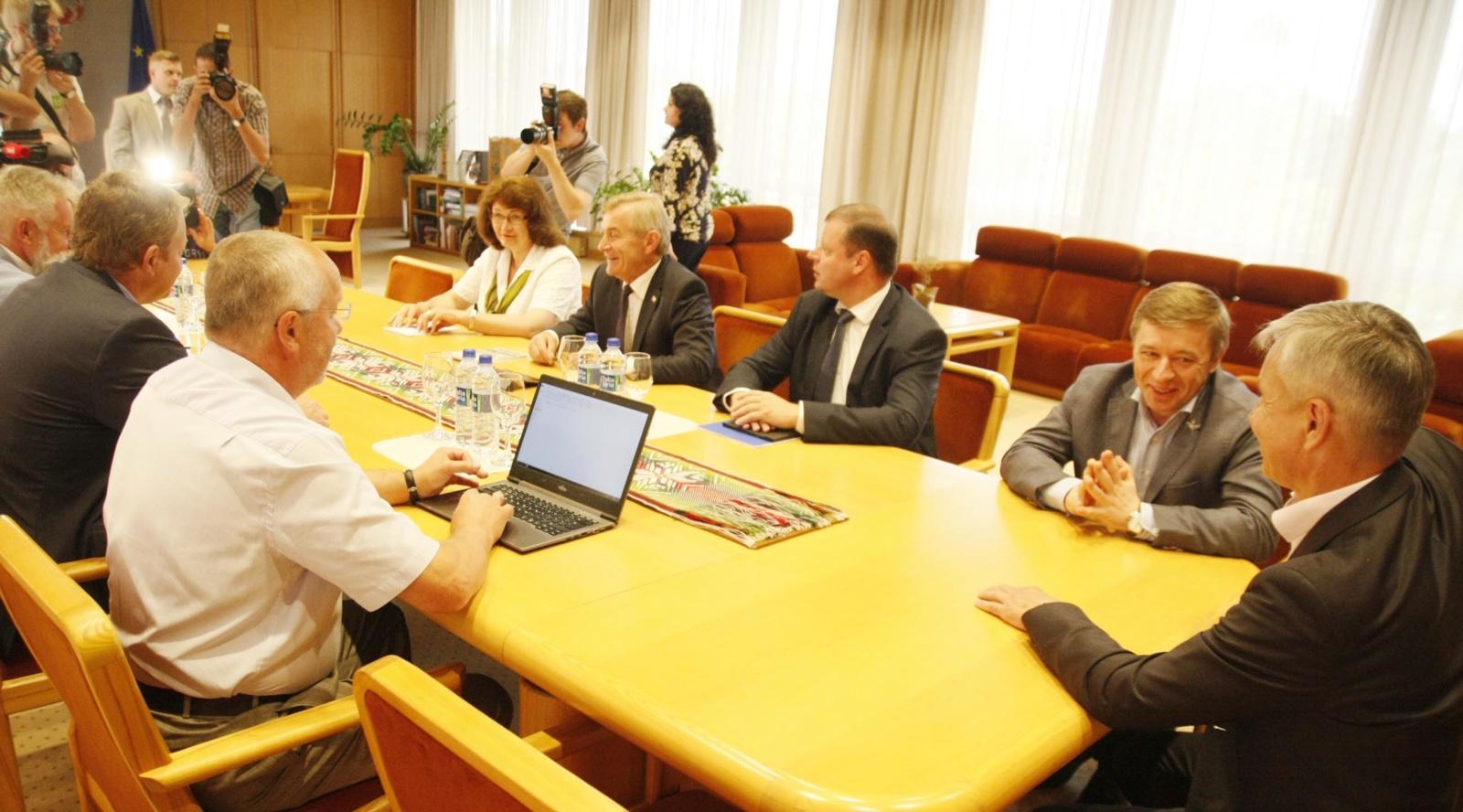 Valdantieji aptarė darbą koalicijoje ir galimus mokesčių pakeitimus