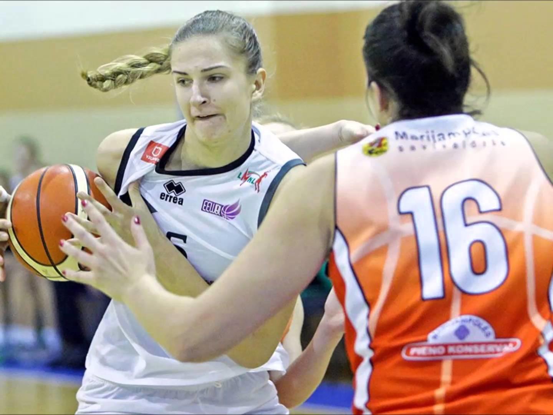 Krepšininkė D. Šarauskaitė karjerą tęs Slovakijoje