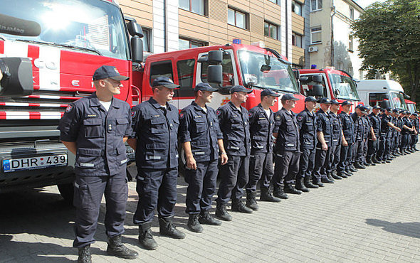 Priešgaisrinės apsaugos ir gelbėjimo departamente neliks trijų skyrių