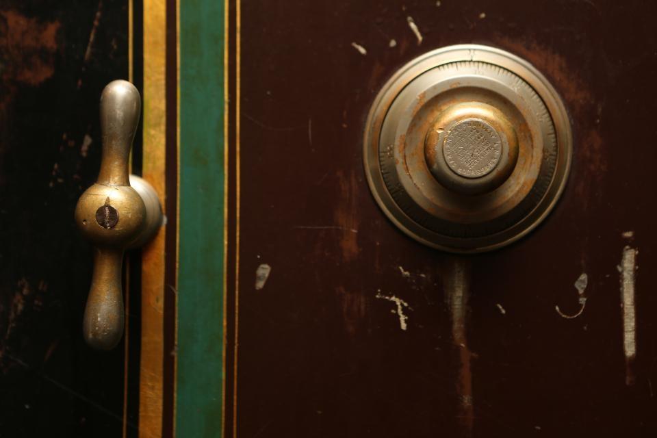 Iš parduotuvės Mažeikiuose pagrobtas seifas