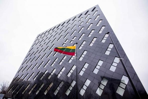 Vyriausybė siūlo, kad politikų korupciją tirtų specialieji prokurorai
