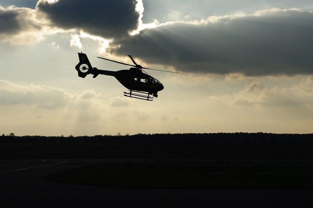 Pasieniečių pilotai ir kinologai turi patarimų grybautojams