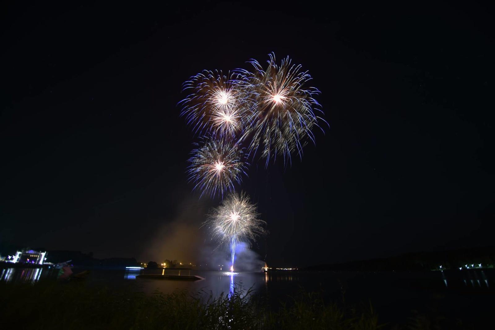 Miestas euforijoje – Šiaulių gimtadienis palydėtas nepamirštamu šou (VIDEO)
