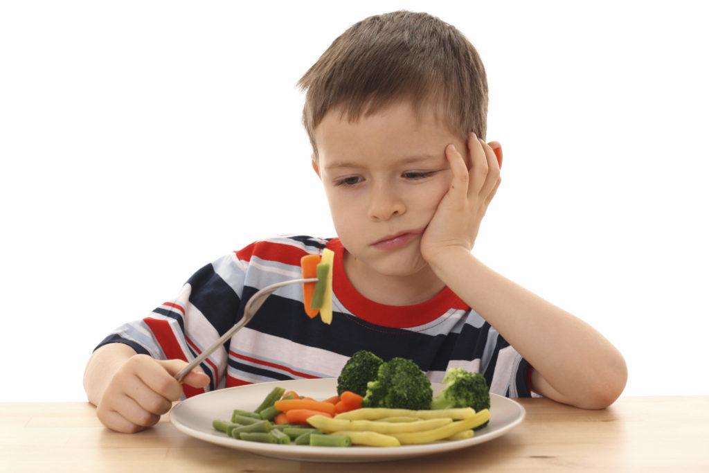 Kokių vaisių ir daržovių geriausia valgyti mažiesiems?