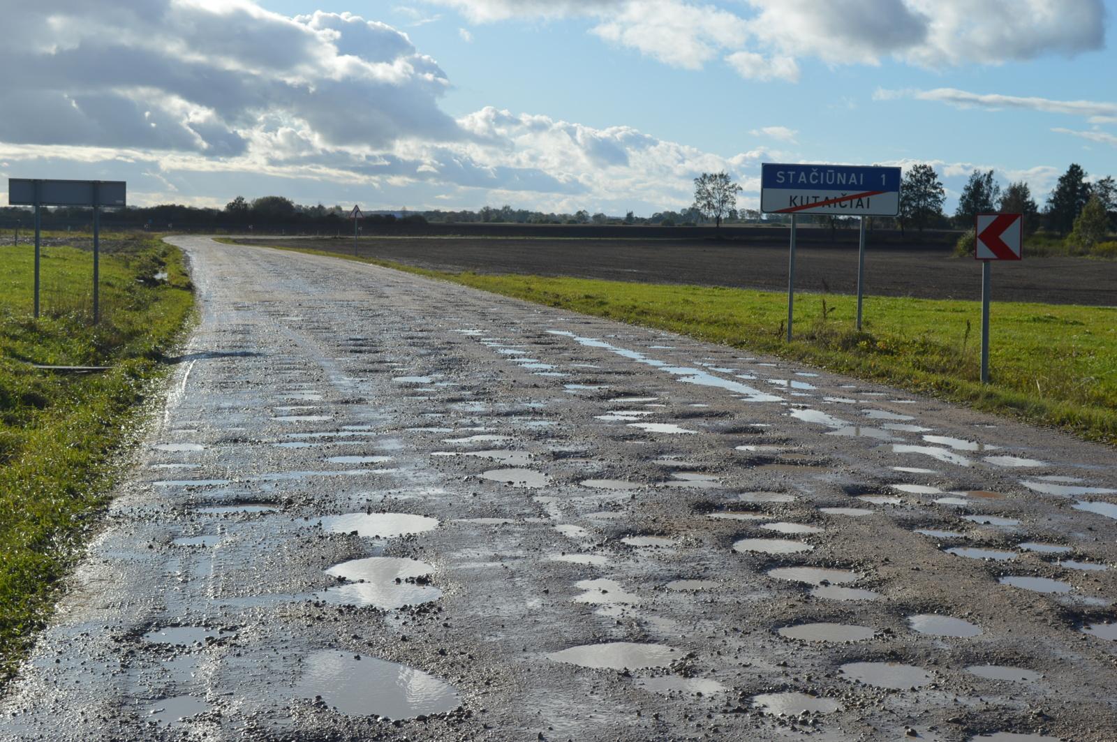 Ne jums, mielieji, asfaltuotas kelias!