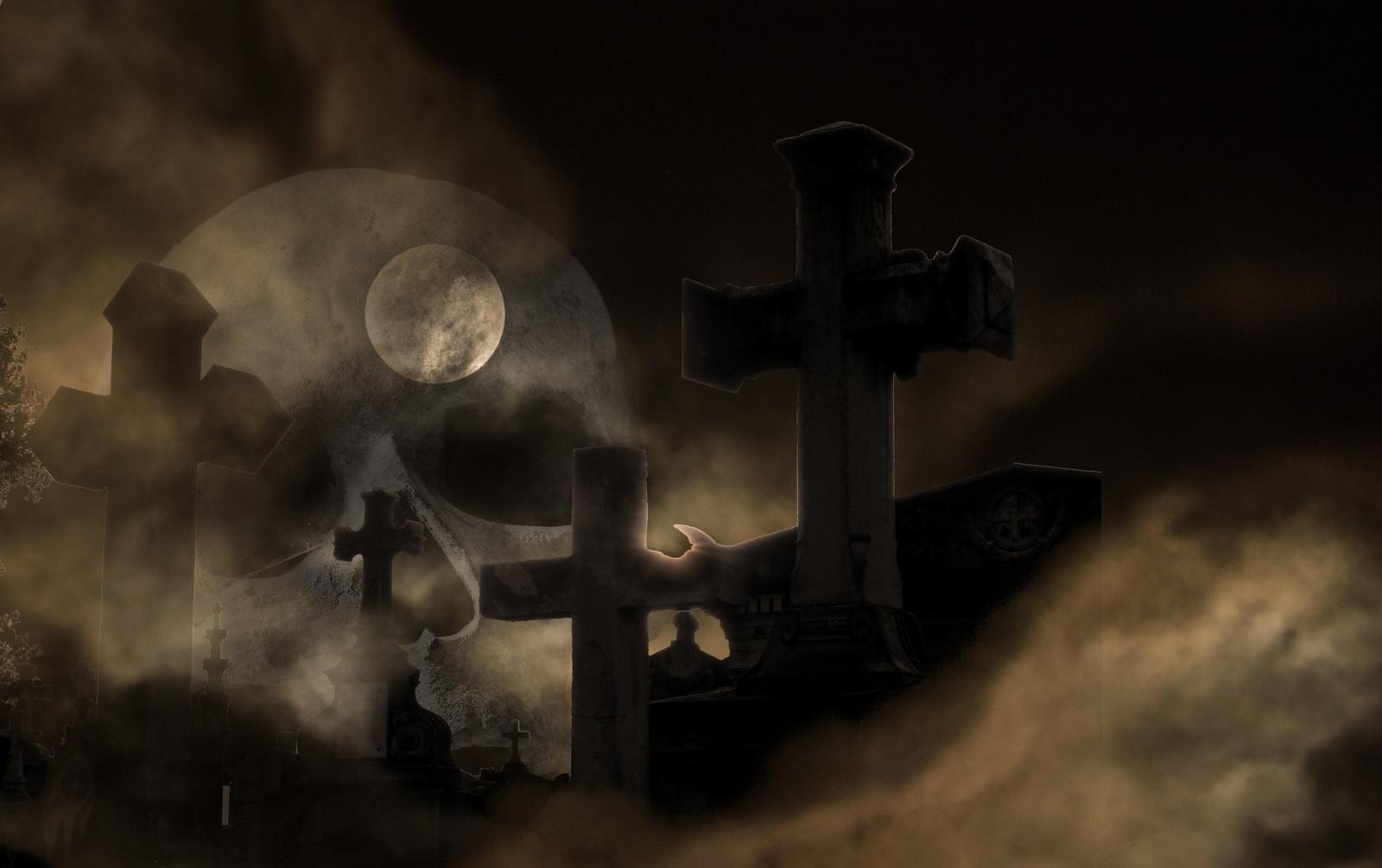 5 klasika tapę filmai Helovyno vakarui