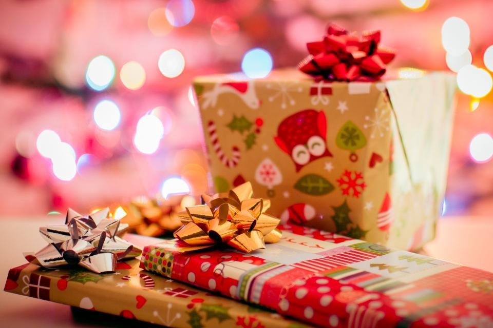 Kada pirkti kalėdines dovanas internetu?