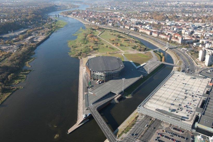 Kaunas dėl taršos Nemune žada šaukti Ekstremalių situacijų komisiją