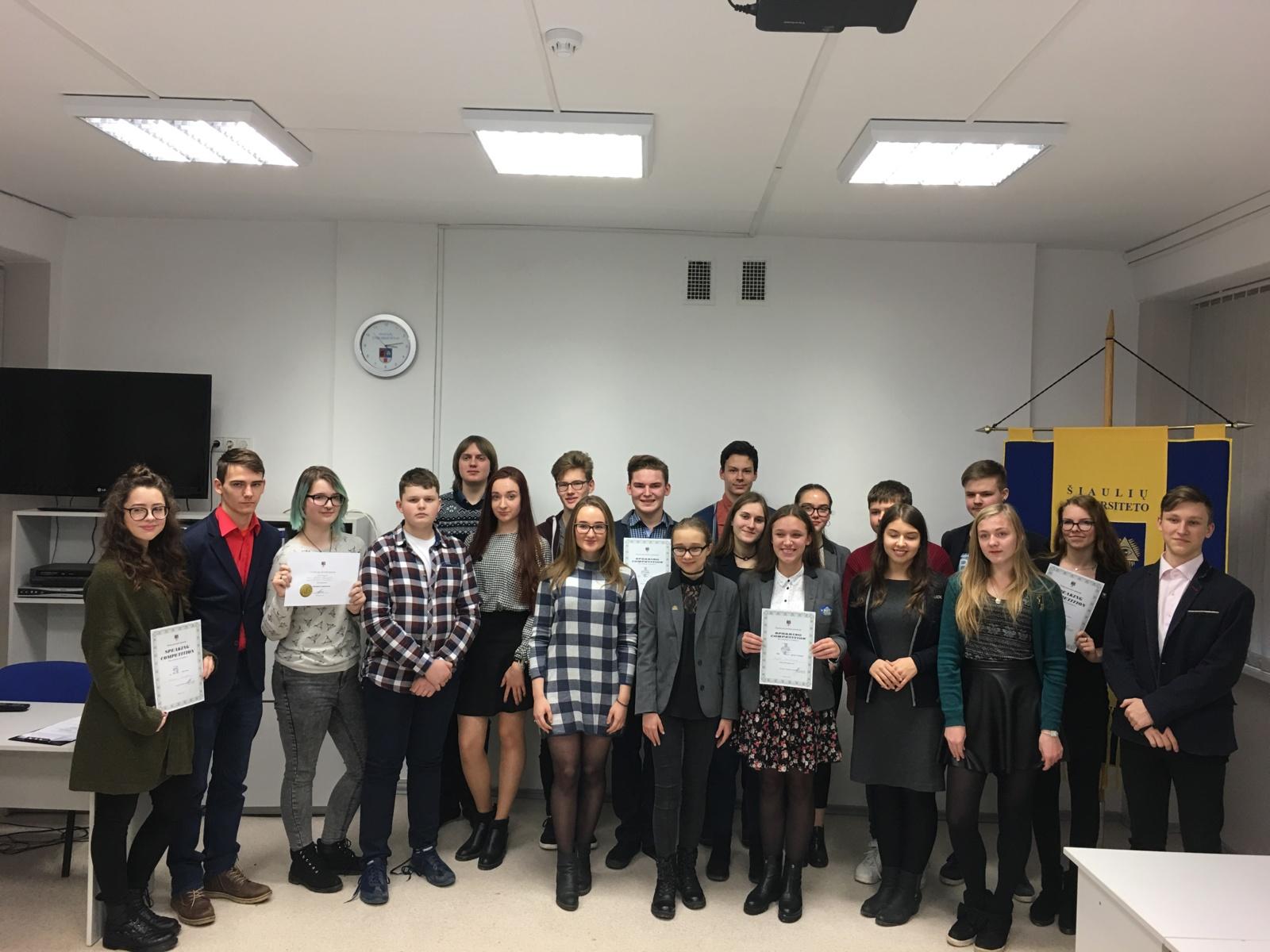 Oratorinio meno konkursas anglų kalba ŠU gimnazijoje
