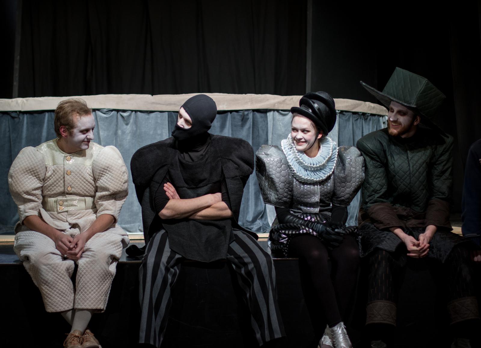 Ant batuto – stebuklinga ir magiška barono Lamberto atjaunėjimo istorija