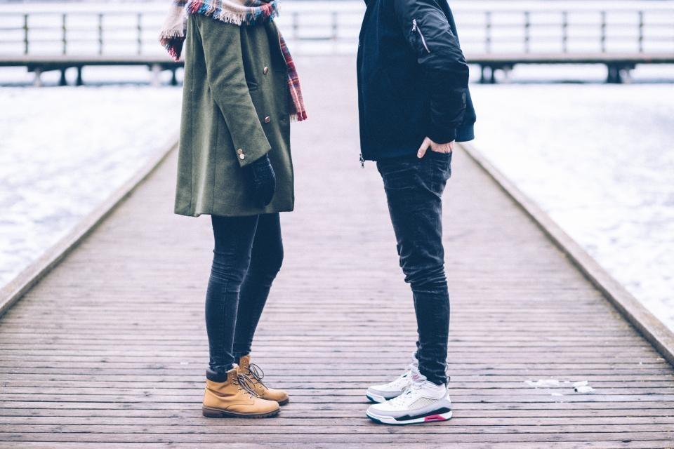 Kaip greitai užmegzti kontaktą su nepažįstamu žmogumi?
