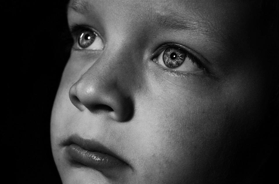 1 iš 5 vaikų patiria seksualinę prievartą: paramos vaikams centras siūlo išeitį