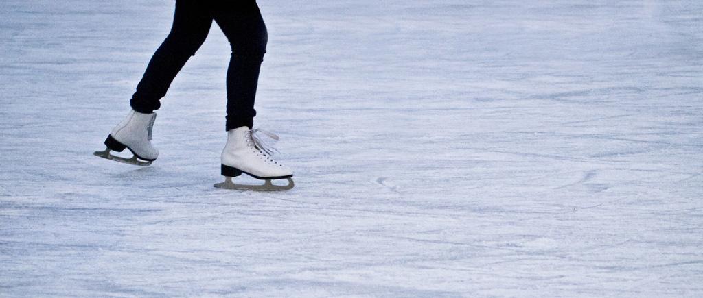Mažeikiuose – diskoteka ant ledo