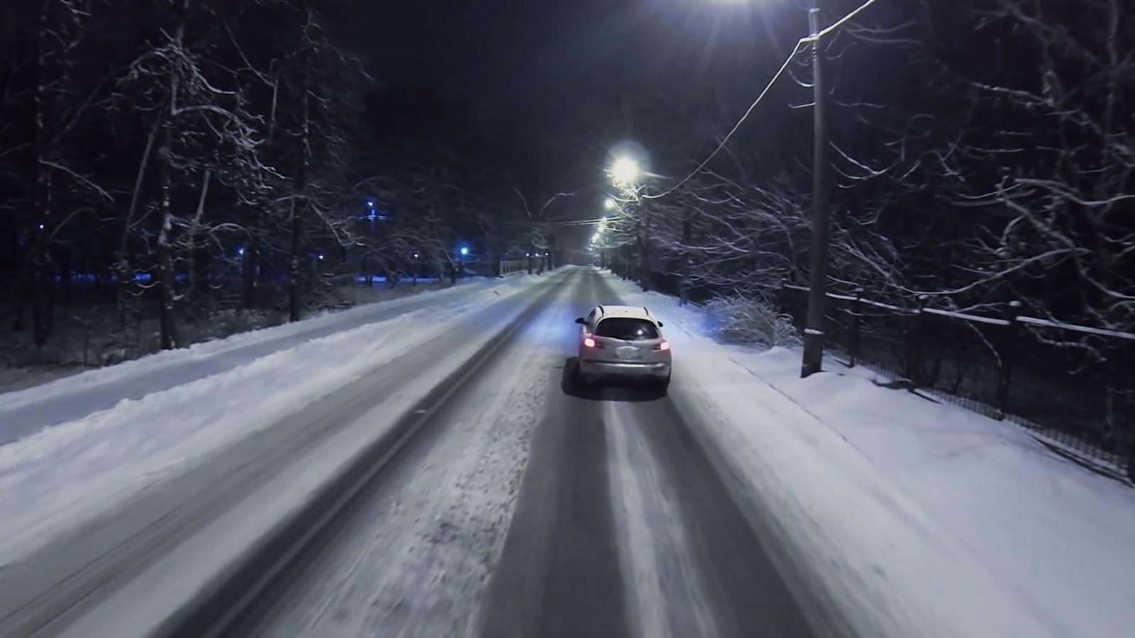 Naktį eismo sąlygas sunkins plikledis ir rūkas!
