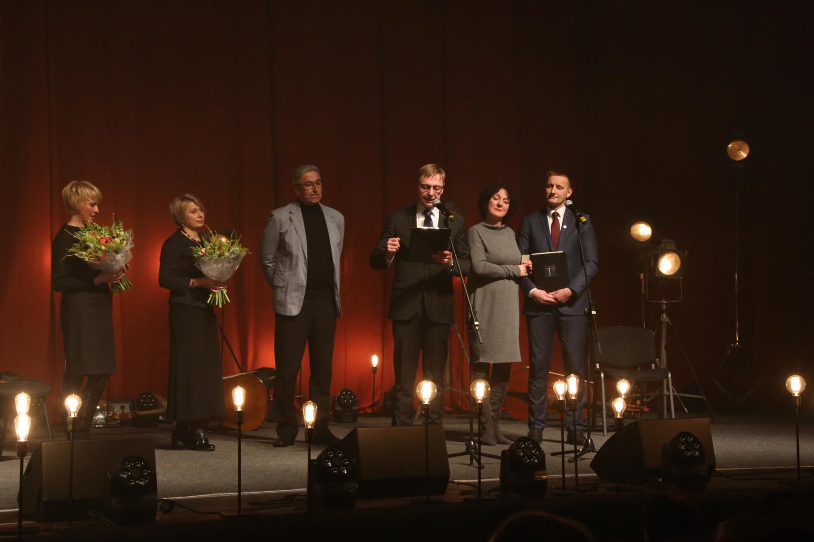 Šiauliuose iškilmingai paminėta Tarptautinė teatro diena (vaizdo įrašas)