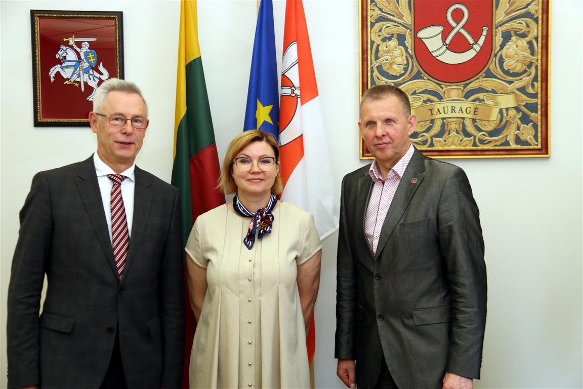 Tauragės rajono savivaldybėje aptartos žmogaus teisių problemos regiono globos įstaigose