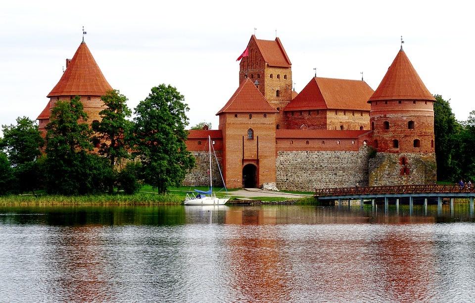 Į Lietuvos pilis ir dvarus kvies turistus iš Rusijos