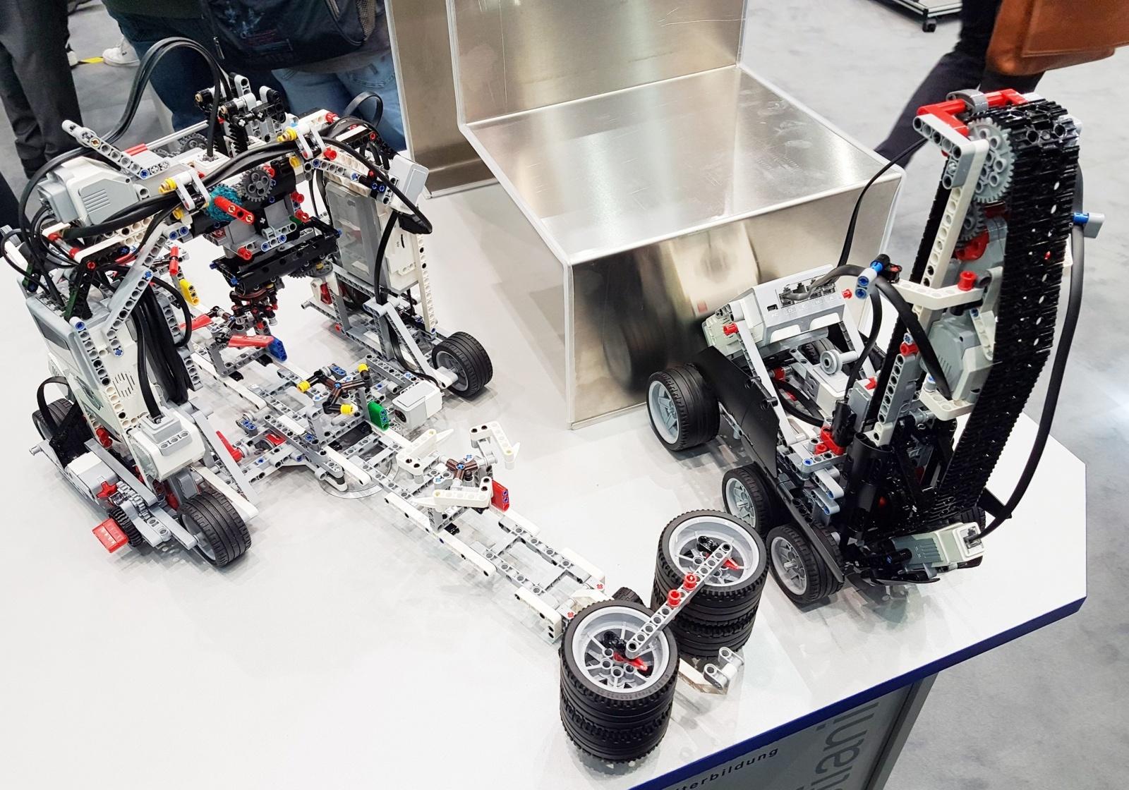 Šiaulių valstybinė kolegija kviečia diskutuoti apie robotizaciją Šiauliuose