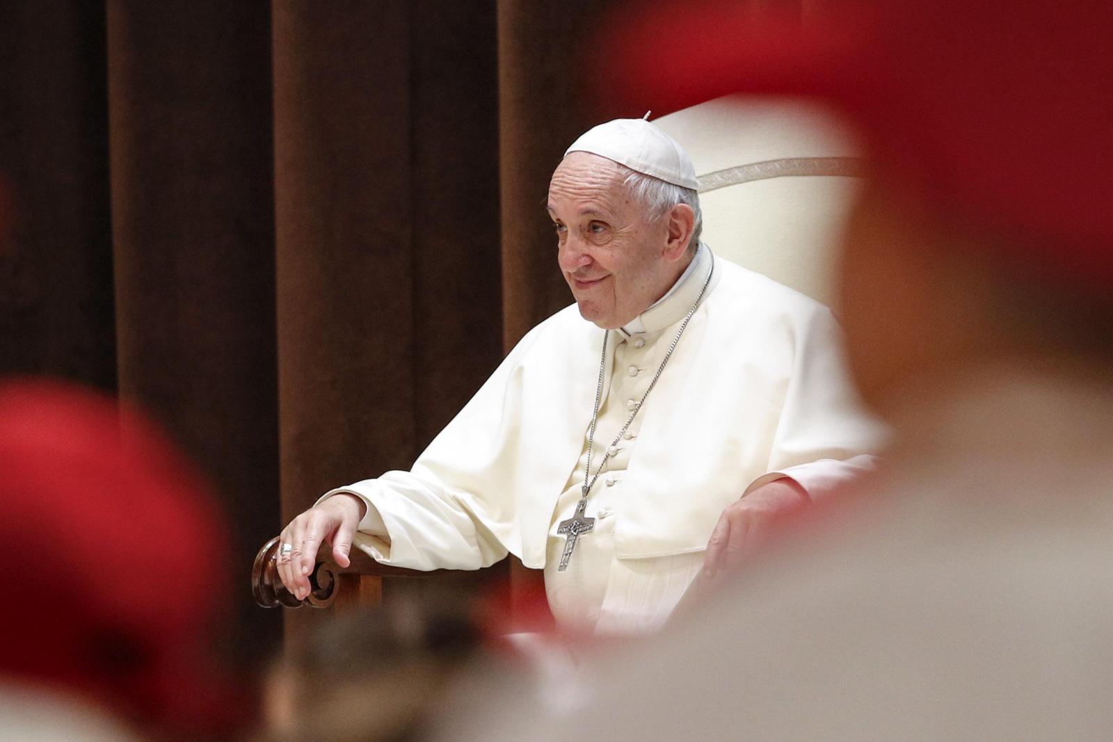 Talkinti per popiežiaus vizitą Lietuvoje panoro 1733 žmonės