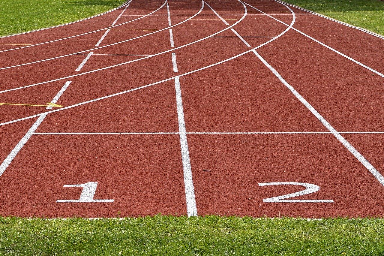 Jurbarke bus atnaujintas Naujamiesčio progimnazijos sporto aikštynas