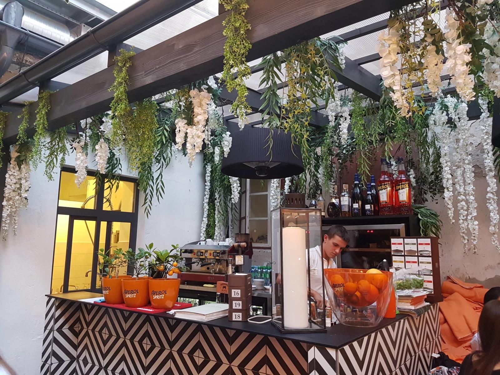 """Restorano apžvalga: """"Spritz Summer Garden"""""""