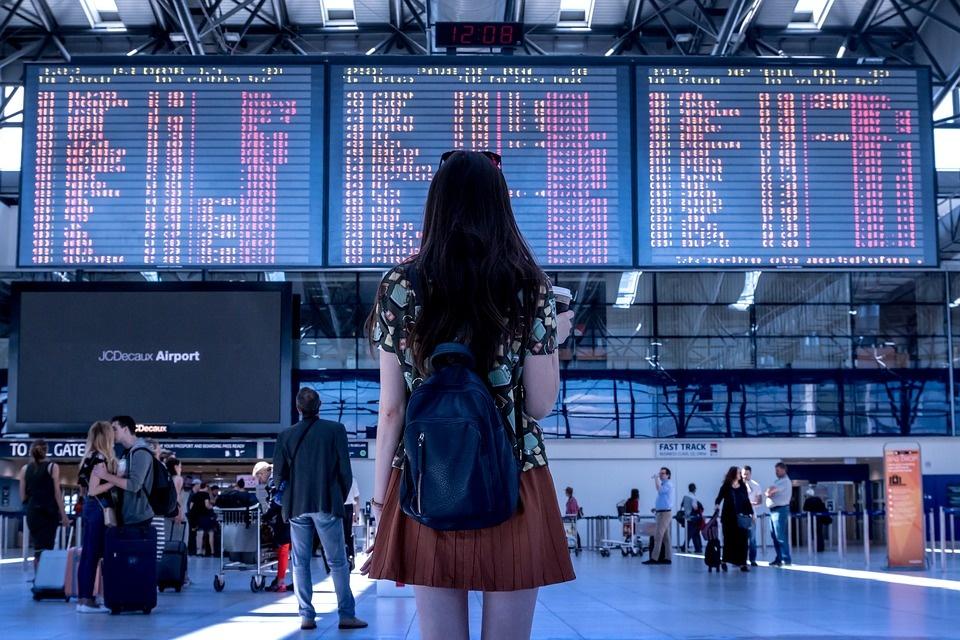 Mokslininkų tyrimas patvirtino: ekonomika nėra vienintelė didelės emigracijos priežastis