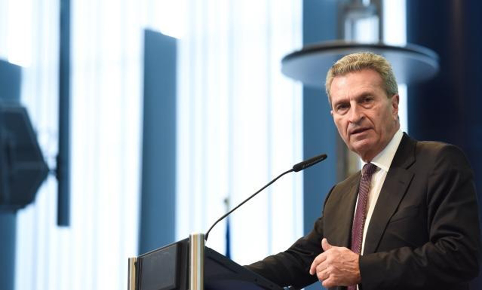 Už biudžetą atsakingas ES komisaras: pastarųjų šešerių metų vakarėlis baigiasi