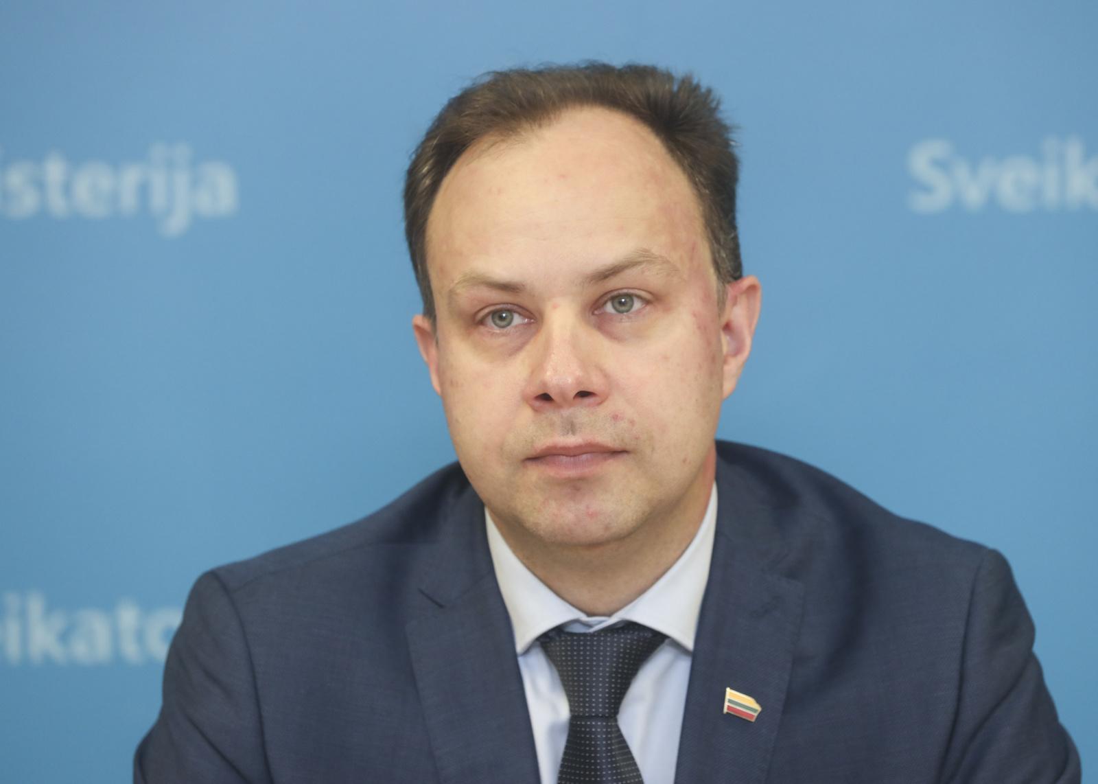 Po A. Verygos susitikimo su prezidentu nepaaiškėjo, ar ministras toliau eis savo pareigas